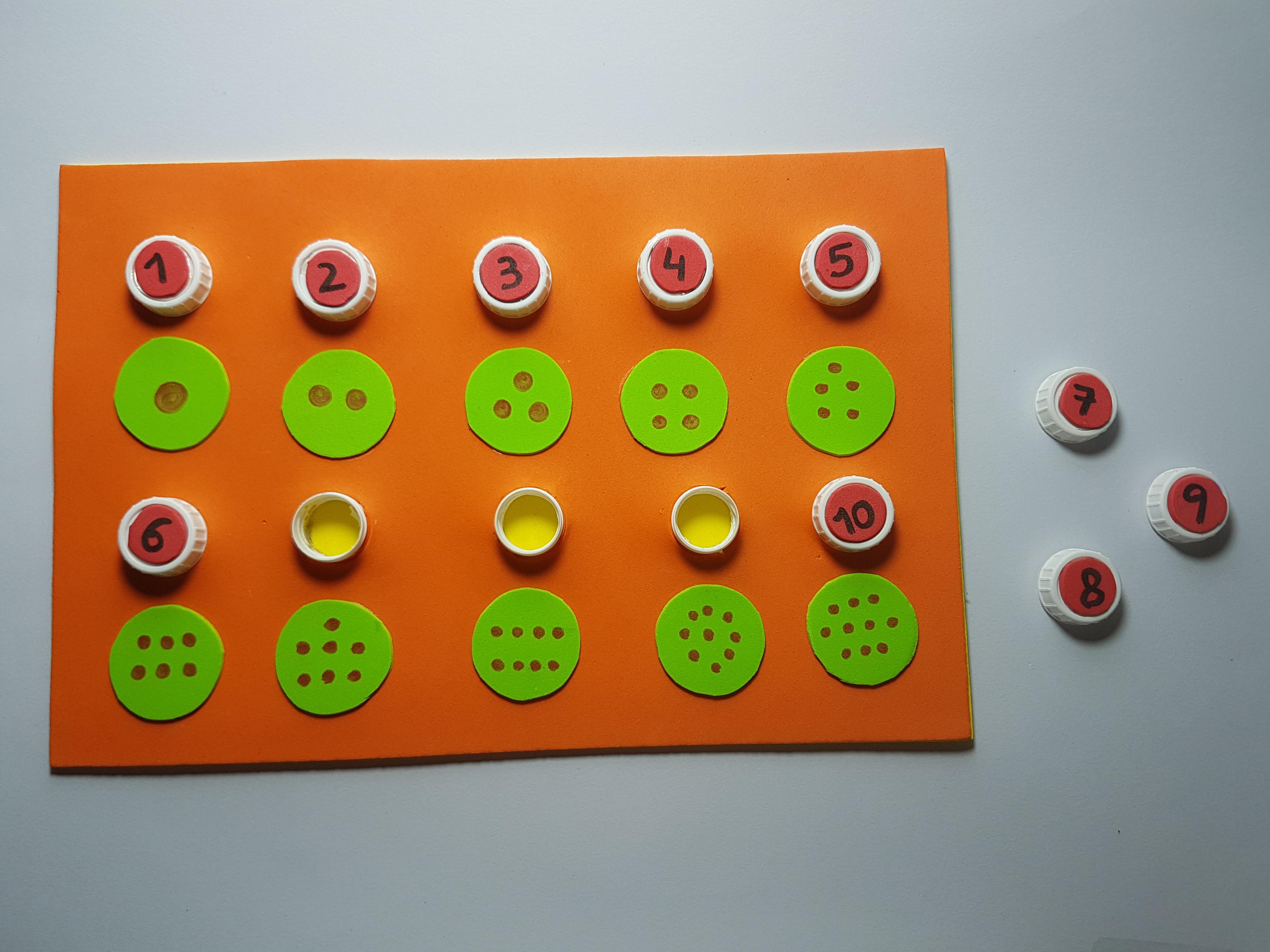 Tablero de tapones para trabajar los números y las cantidades